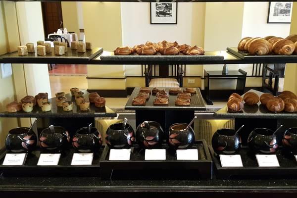 อาหารเช้าที่ เลอ เรสซิเด้นท์ (2)